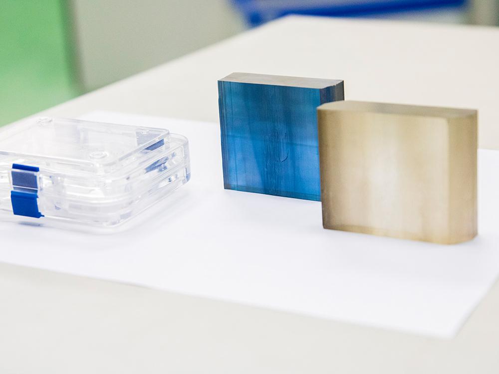 酸化ガリウムの特徴は、SiCやGaNを超えた高い材料ポテンシャル
